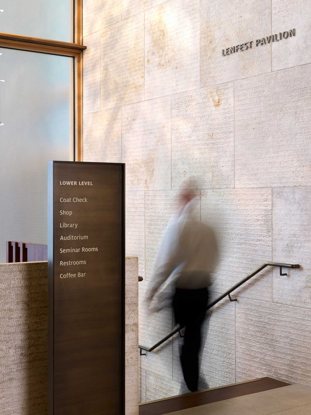 Directional wayfinding in the museum.
